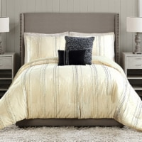 Ayesha Curry Diamond Heights Comforter Set - King / California King