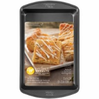 Wilton Perfect Results Non-Stick Oblong Cake Pan - Dark Gray