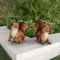 2 Squirrel Statues Resin Animal Figurines for Garden Flower Bed Outdoor Lawn - 1 unit