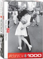 V-J Day Kiss in Times Square by Alfred Eisenstaedt 1000 Piece Jigsaw Puzzle