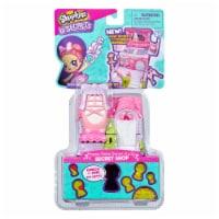 Shopkins Lil Secrets Happy Steps Dance Studio Toy
