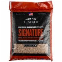 Traeger Wood Fire Grills Signature Blend Hardwood Pellets