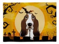 Carolines Treasures  BB1801PLMT Halloween Basset Hound Fabric Placemat