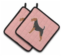 Airedale Terrier Checkerboard Pink Pair of Pot Holders - Standard