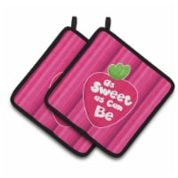 Carolines Treasures  BB7106PTHD Stawberry As Sweet as Can Be Pair of Pot Holders - Standard