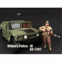 American Diorama 77414 WWII Military Police Figure I for 1-18 Scale Models