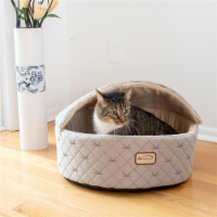 AeroMark C33HQH-MH-M Armarkat Cat Bed, Medium, Pale Silver and Beige C33HQH-MH-M