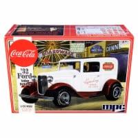 MPC MPC902 Skill 3 Model Kit 1932 Ford Sedan Delivery Coca-Cola 1 by 25 Scale Model