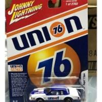 Johnny Lightning JLSP012 1-64 Scale 1986 Buick Regal T-Type Union 76 Diecast Model Car - Whit - 1