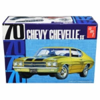 AMT AMT1143M Skill 2 Model Kit 1970 Chevrolet Chevelle SS 1 by 25 Scale Model