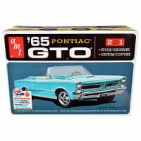 AMT AMT1191M Skill 2 Model 1965 Pontiac GTO 2-in-1 Kit for 1 by 25 Scale Model