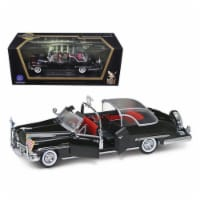 Road Signature 24058 1950 Lincoln Cosmopolitan Bubble Top Limousine with Flags 1-24 Diecast M