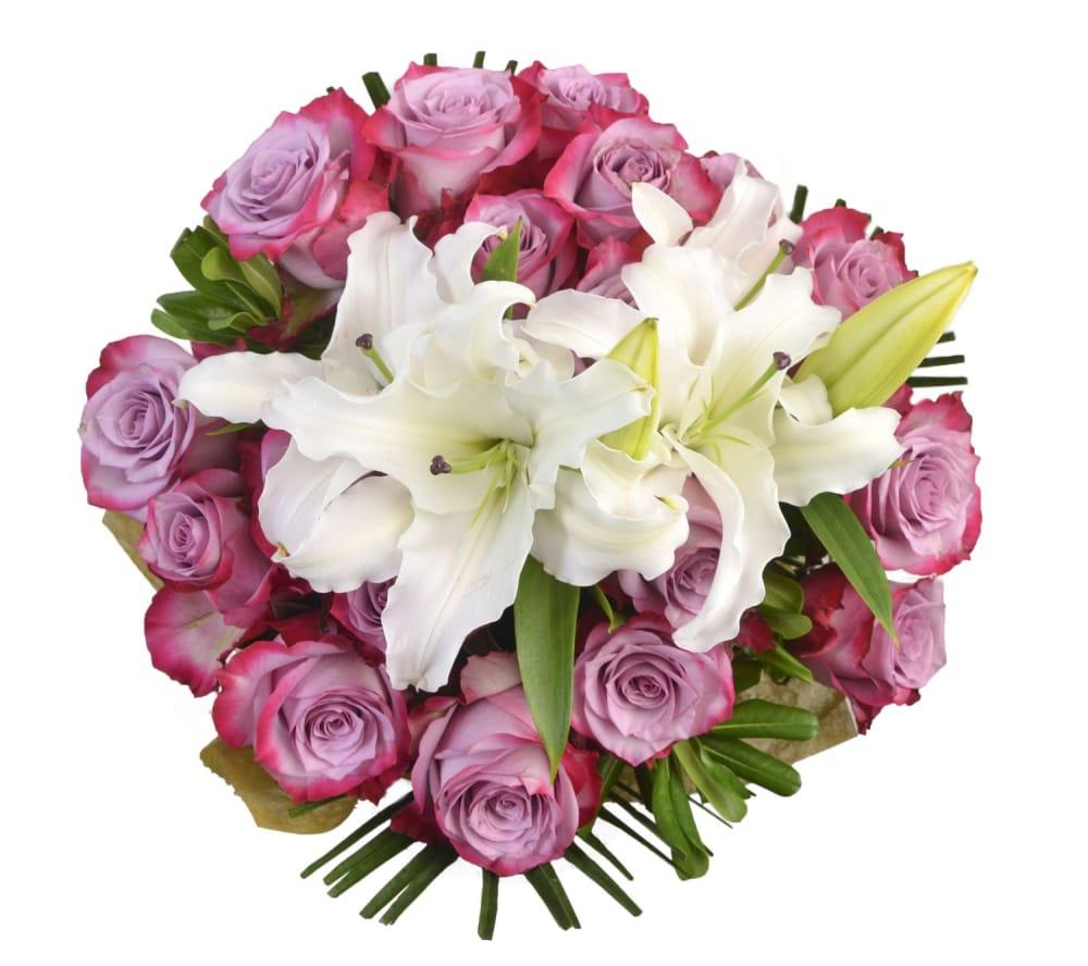 BLOOM HAUSTM Noble Rose Bouquet
